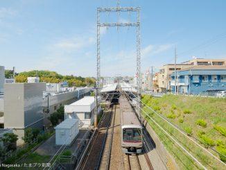 あざみ野駅のホーム