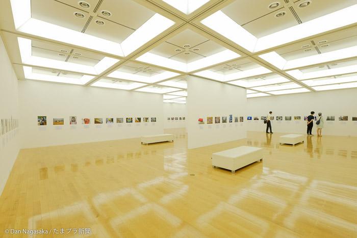 アートフォーラムあざみ野2階の展示室