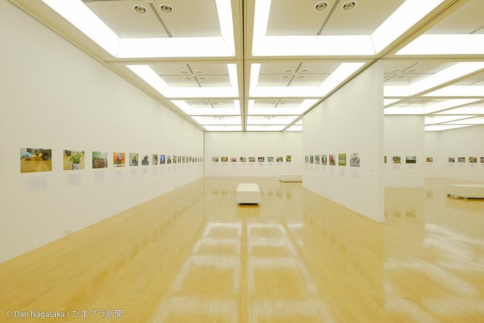 横浜市民ギャラリーあざみ野 2階展示室