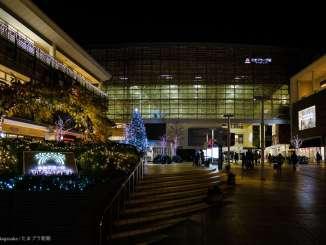 たまプラーザ駅北口クリスマスツリー