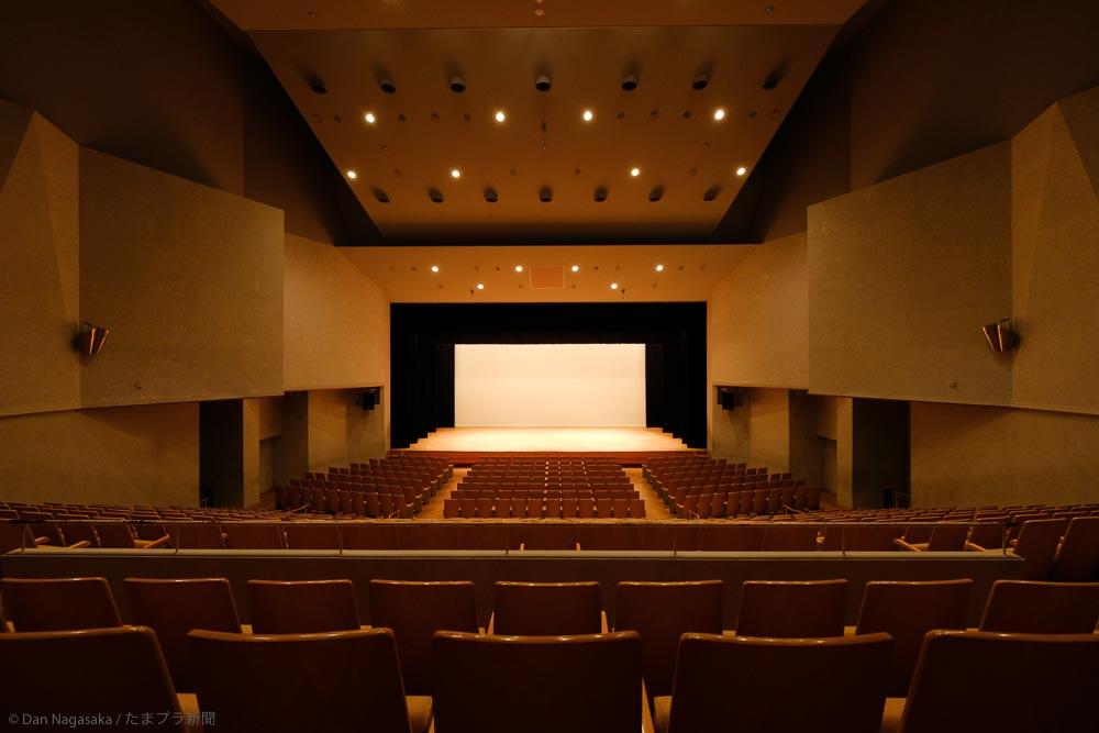 講堂の客席