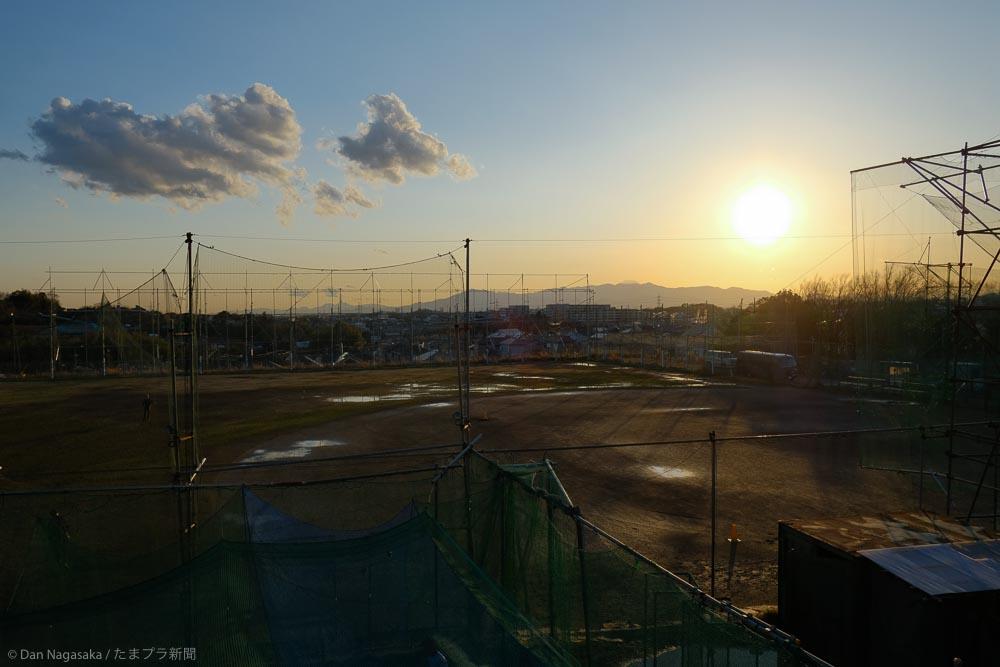 美しが丘西からの富士山と太陽