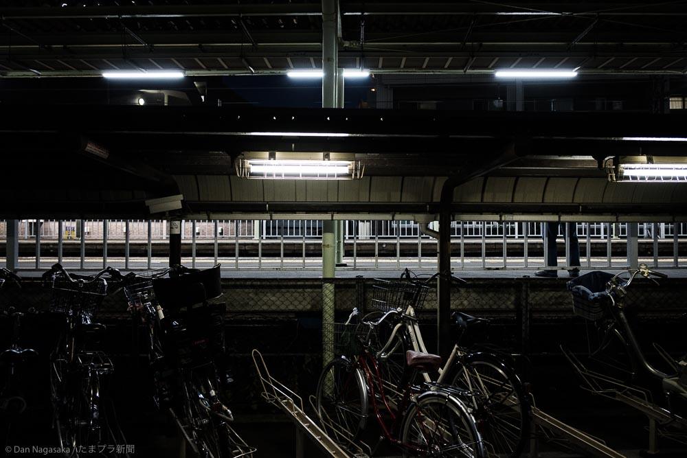 柿生駅の自転車置き場