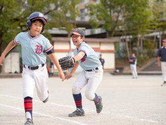 ファースト選手と打者
