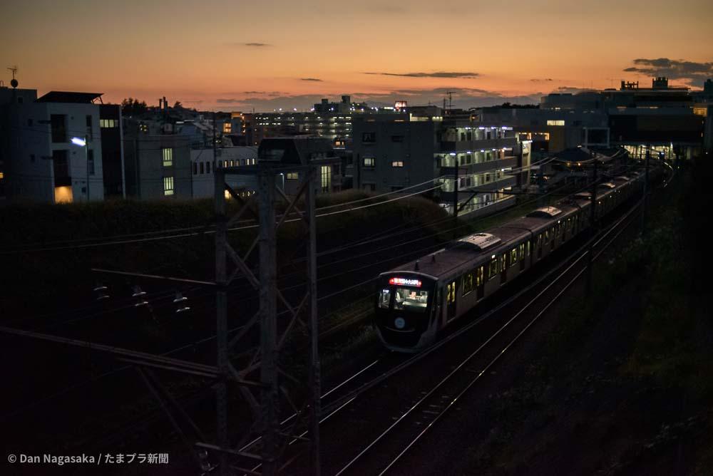 たまプラーザ駅と東急車両