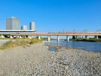 二子玉川エクセルホテル東急, 二子玉川ライズタワーレジデンスと多摩川