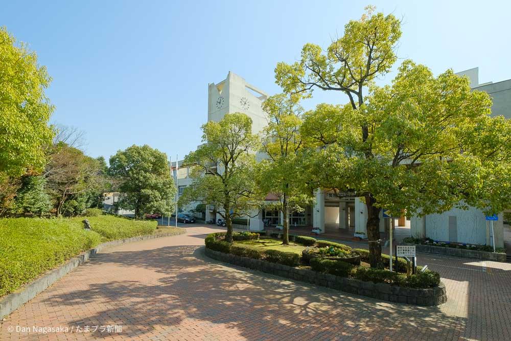 神奈川県立元石川高等学校校舎